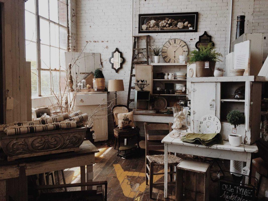 Vintage Furniture Chicago